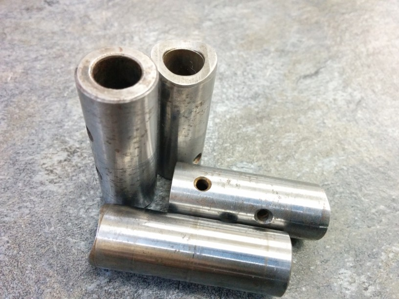 F6A 錆びたロッカーシャフト、カムホルダー